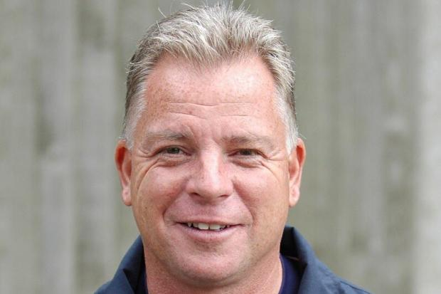 Gordon Bartlett was Wealdstone boss for 22 years.