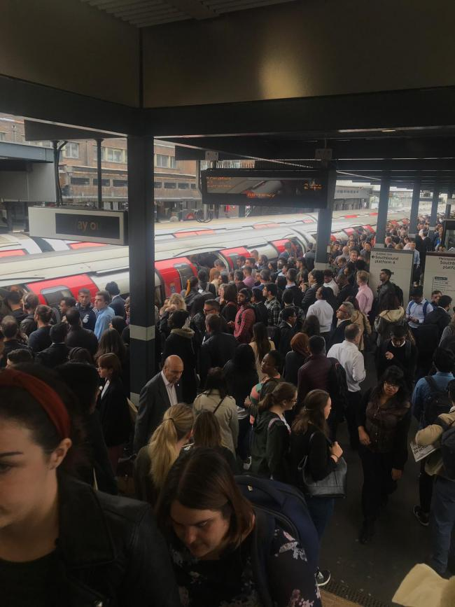 Metropolitan line delays to continue all week for Four Lines Modernisation       0 comment