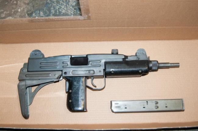 Triplets jailed for conspiracy to supply guns to 'dangerous