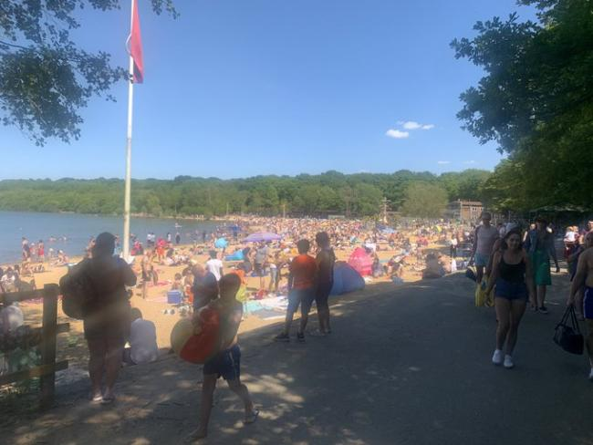 Ruislip Lido was shut after hundreds failed to social distance last week (Photo: Met Police)