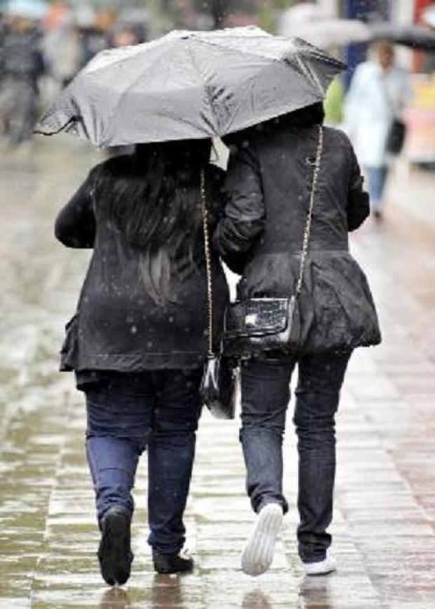 Amber weather warning issued for London today