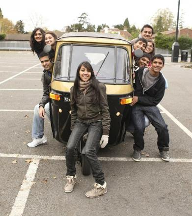 Teens travel India in a rickshaw for charity