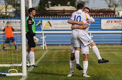 The Stones celebrated their equaliser at Concord Rangers last weekend: Steve Foster/Wealdstone FC