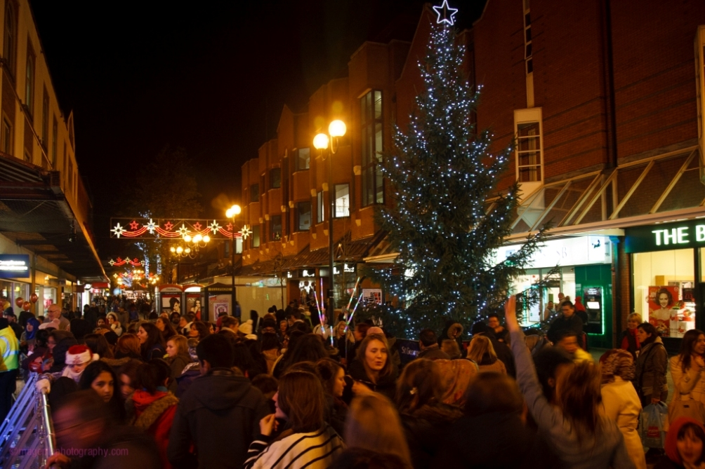 Community hero vote winner announced to switch on Harrow town centre Christmas lights