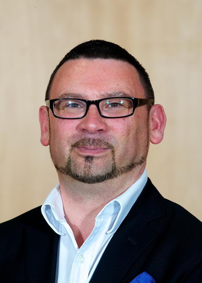 Cllr Simon Williams will be offering the SmartWater system to residents