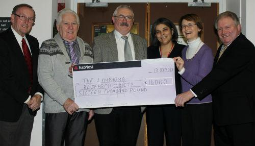 Cancer patient raises £16,000 for hospital