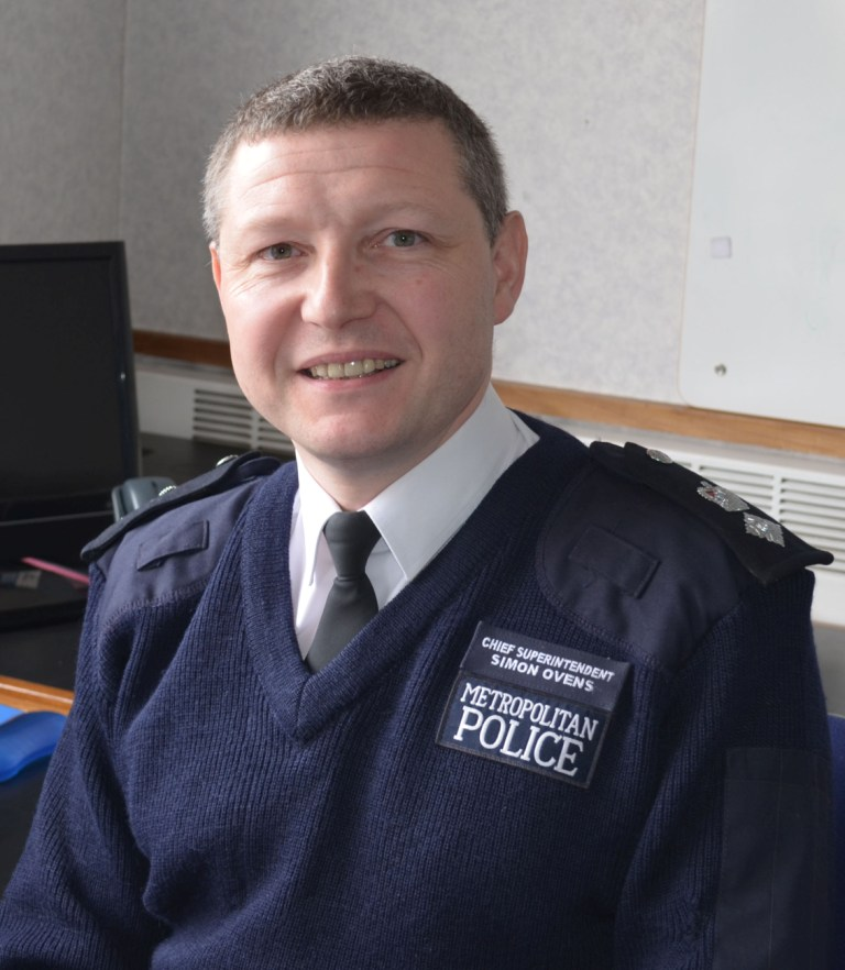 Chief Superintendent Simon Ovens
