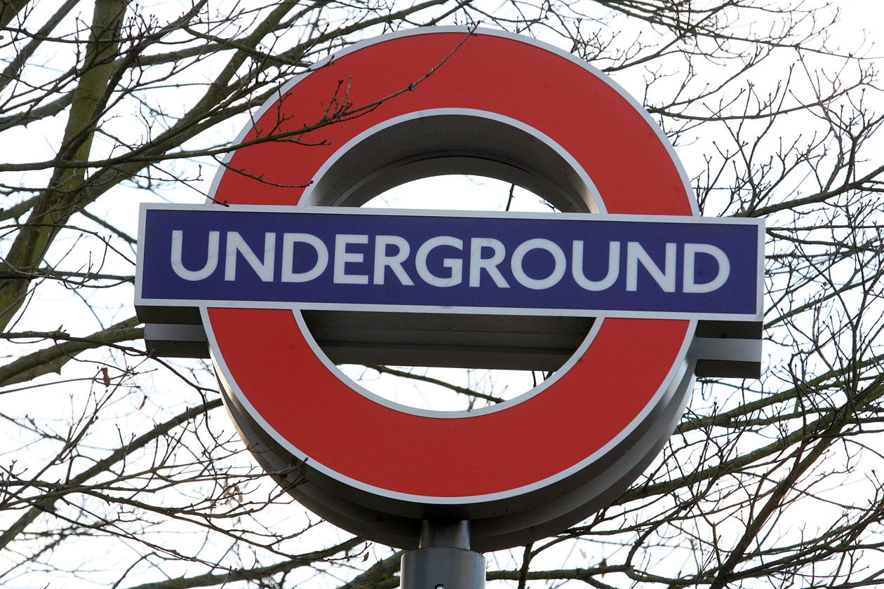Talks continue to avoid second tube strike