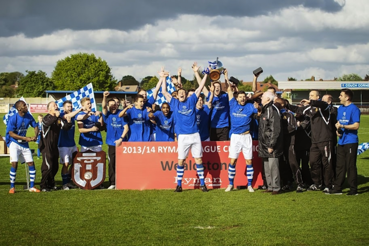 Picture gallery from Wealdstone's title celebrations after Canvey Island win