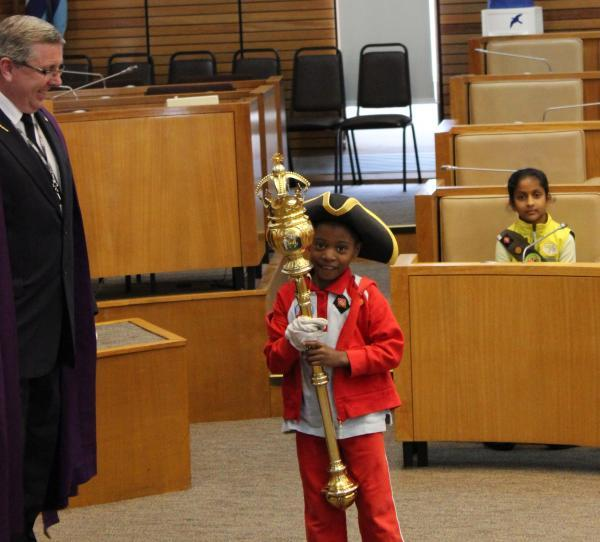 Rainbows and Brownies find out how Harrow council works