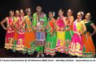 Dance group perform for Indian Prime Minister