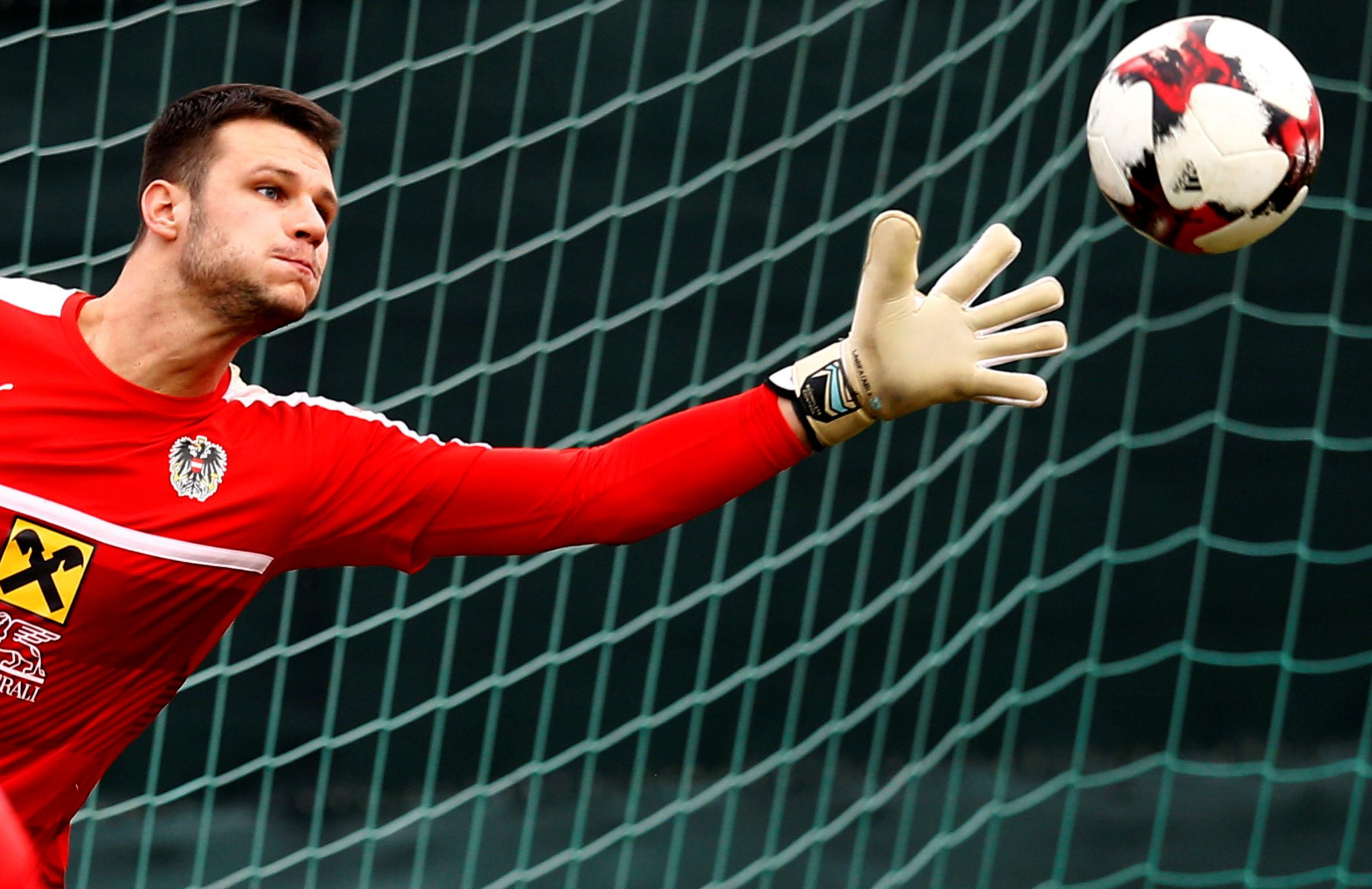 Watford keeper Daniel Bachmann wants to play for the Hornets. Picture: Action Images