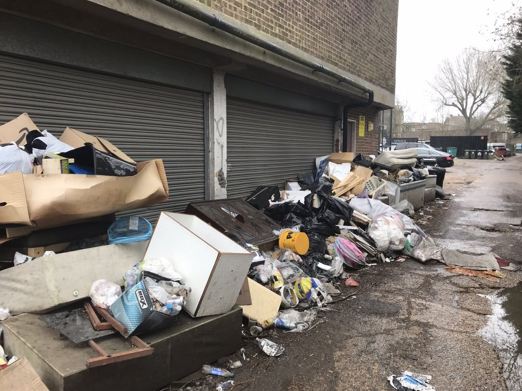 A private service road in Rayners Lane blighted by rubbish (Photo: @CllrNorman)