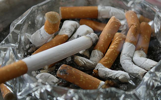 The council will offer a stop smoking service once again